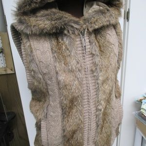 GREEN TEA Faux Fur and Wool Womens Vest
